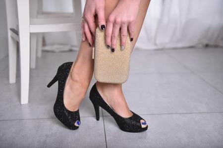 Czółenka czarne open toe kryształki